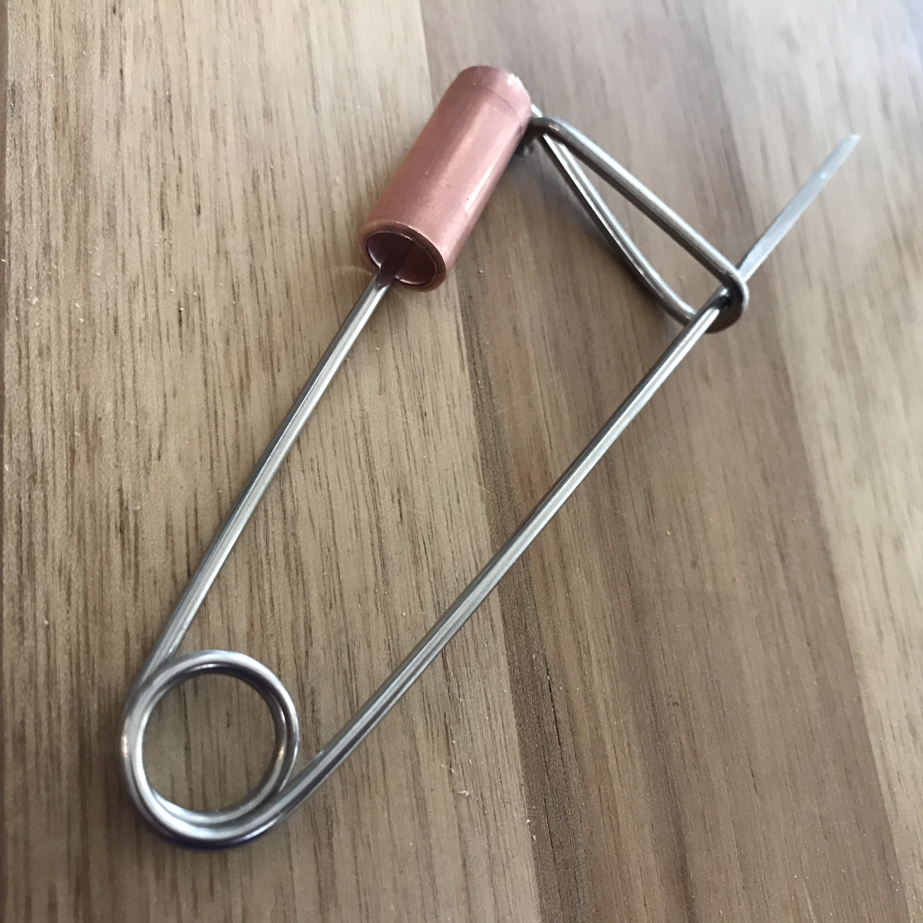 How to Pick a Lock Using a Paperclip